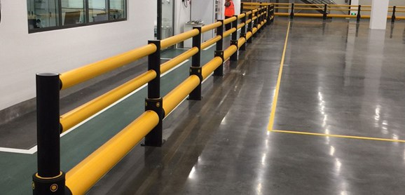 Single Traffic + 2 rail flexible polymer with pedestrian safety Guardrail in warehouse