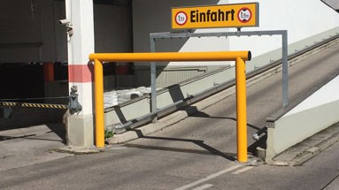 Height restriction safety guardrail outdoors