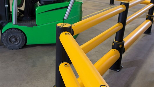 Single Traffic + 2 rail flexible polymer with pedestrian safety Guardrail in factory