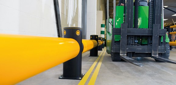 Single Traffic flexible polymer safety Barrier in factory