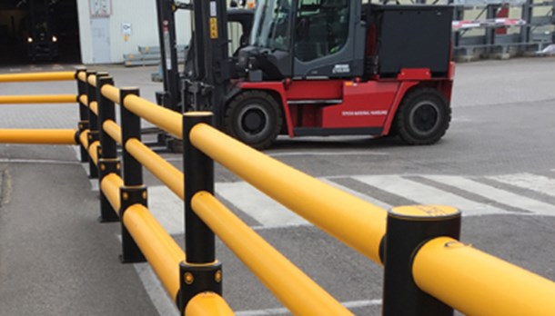 Pedestrian walkway safety barriers segregating from vehicles