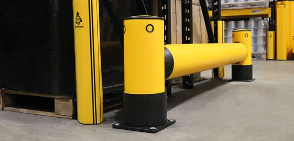 Rackend single flexible polymer safety Guardrail Yellow Post in warehouse